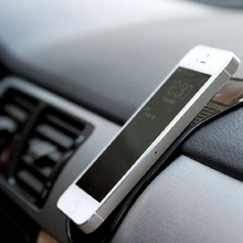 Piel de silicona Mat Cojín Del Coche antideslizante Mat antideslizante Holder Pad coche antideslizante mat para el teclado del teléfono MP3 MP4 car styling accesorios