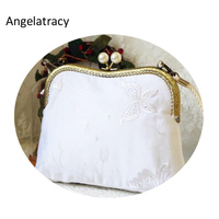 Angelatracy 2018 White Women Handbag Embroidery Cotton White Bag Vintage Metal Frame Bags with Pearls Retro Clutch bolsos mujer