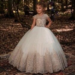 Neue Blume Mädchen Kleider Perlen Schärpe Ballkleider Spitze Appliques Bodenlangen Blume Mädchen Prinzessin Elegante Hochzeit Pageant Dresse