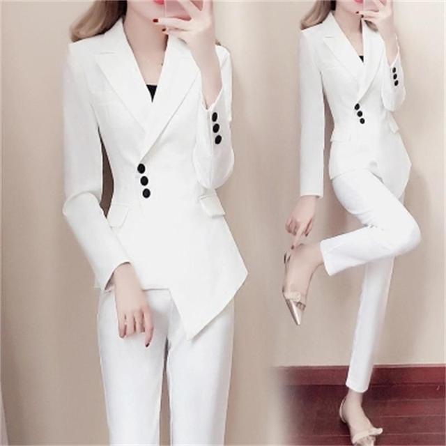 17d2ee5cfc4 Модный костюм женский весенний Новый женский модный тонкий белый маленький  костюм темперамент летний модный комплект из