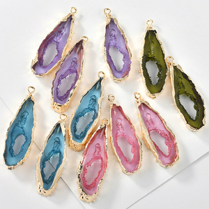 Resin imitation mineral powder Crystal Lake blue-green pendant DIY earrings necklace key clasp DIY accessories ear clip material