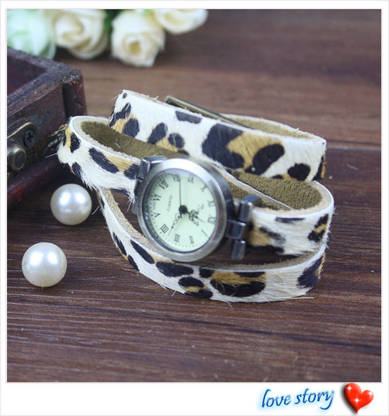 2013 hot wholesale Cow leather watches women watches Rivet design Adjustable strap leopard print strap Free Shipping T-023E