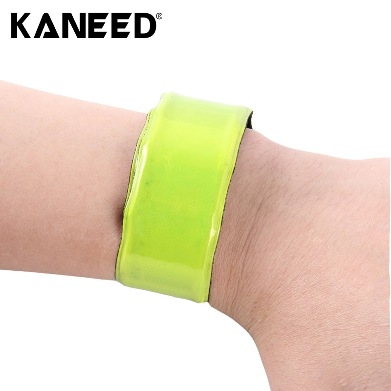 2017  Anti Wandered Wristband Roadway Safety Car Kit With Car Charger Car Accessories