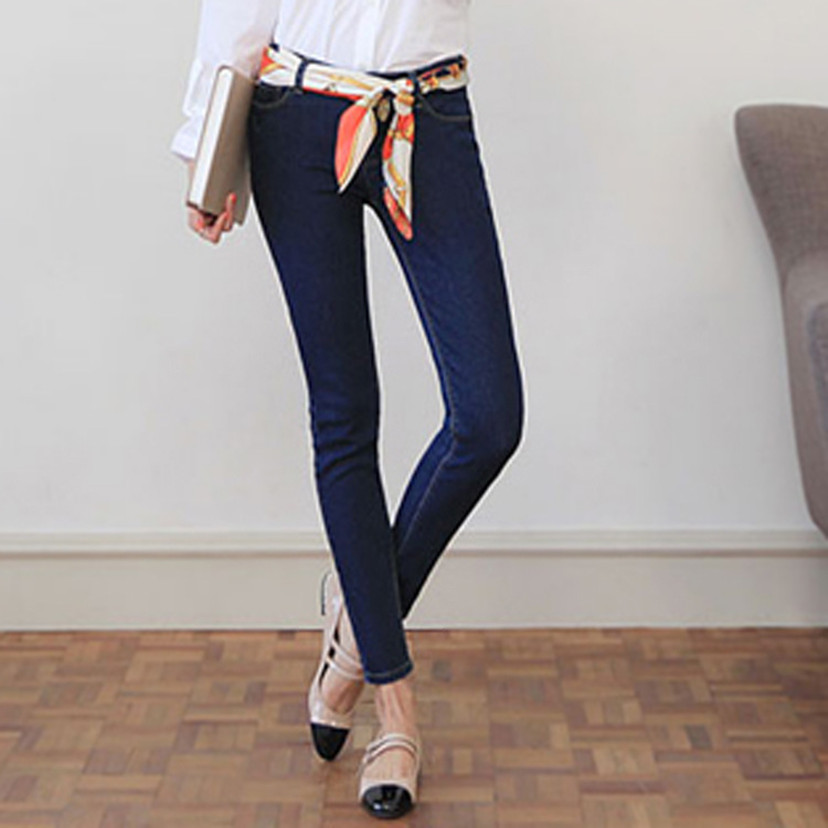 Black and white jeans female foot pencil pants elastic cultivate one s morality show thin hot