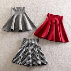 Image 4 - 2019 new Womens Korean Version Pleated Skirt  Umbrella Skirt High Waist Bottom Knitted Skirt Autumn A line Skirt