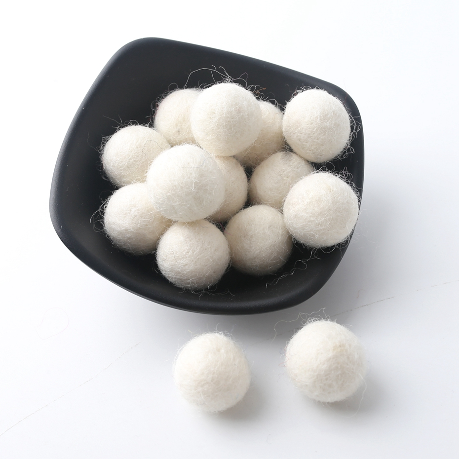 20pc 20mm Christmas Wool Felt Ball Wool Pom Poms Safe And Soothe Gumball Beads DIY Craft Round Wool Felt Balls Make Ring Rattle