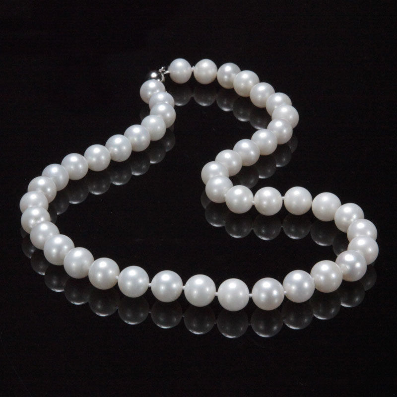 FREE shipping>>> >>new AAA+ 9-10mm genuine white fresh water cultured pearl necklace 17
