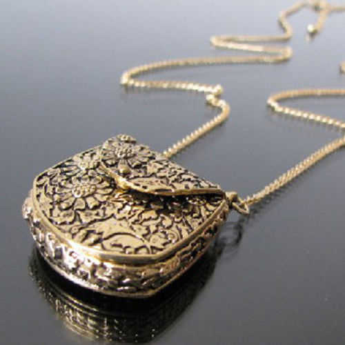 Vintage Carved Bronze Locket Pendant Long Chain Unique Necklace choker necklaces Fashion Jewerly Necklace Women 6SZO 7G9Q BDRK