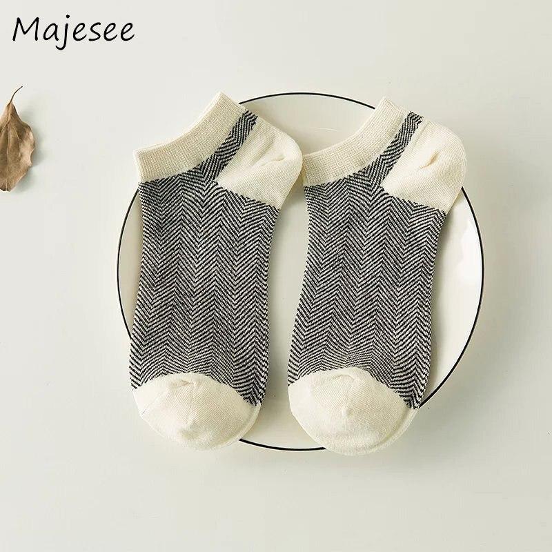 Ретро летние хлопковые модные Для мужчин Смешные носки мужской дезодорант Для мужчин s носок воздухопроницаемая комфортная обувь корейски...