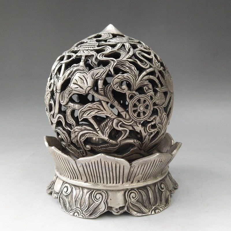 China Antiques Tibetan silver hand-carved lotus fish hollow out Incense BurnersChina Antiques Tibetan silver hand-carved lotus fish hollow out Incense Burners