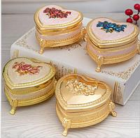 European heart gold metal jewelry box small tin box storage containers mini ring box for girl gifts Z161