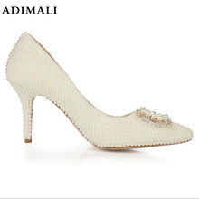 2018 shoes women new wedding shoes pure white Pearl Diamond crystal shoes  waterproof single white bride 1dad386ff44b