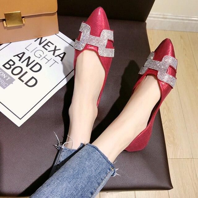 dedf230f1 Novo-fundo plano sapatos femininos versão Coreana do apontou sapatos único  strass boca rasa casamento