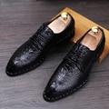Moda Hombres Zapatos Derby de cuero Genuino dedo del pie Acentuado Con Cordones zapatos de Vestir Casuales Cocodrilo patrón Masculino Pisos 022