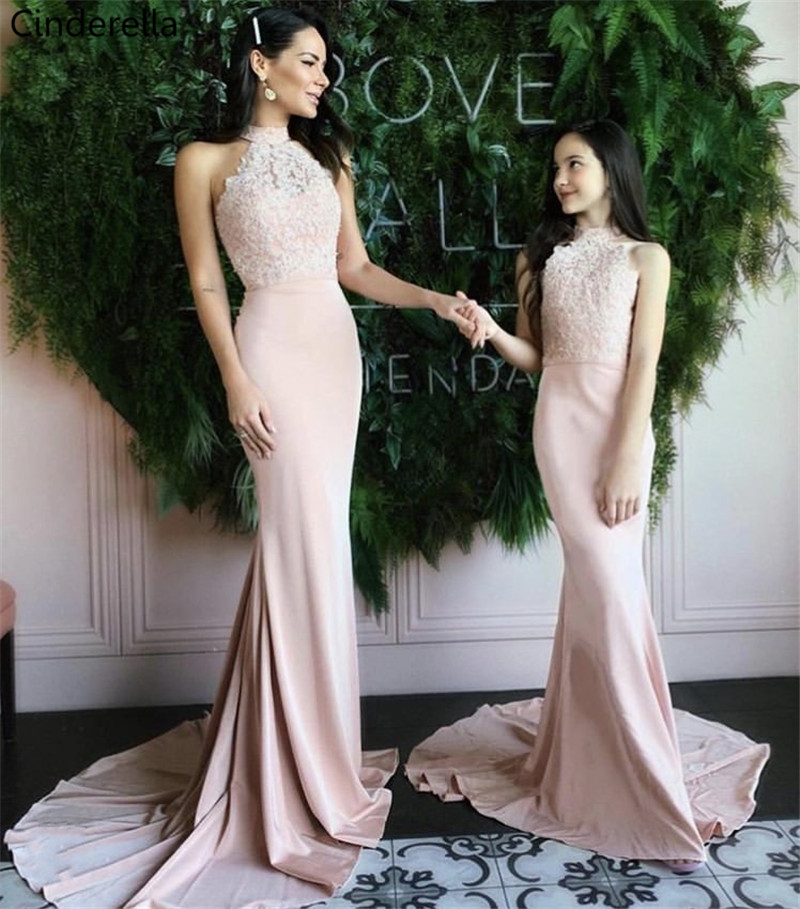 Cinderella Halter Sleeveless Lace Applique   Bridesmaid     Dresses   Floor Length Zipper Back   Bridesmaid     Dresses   Fast Shipping