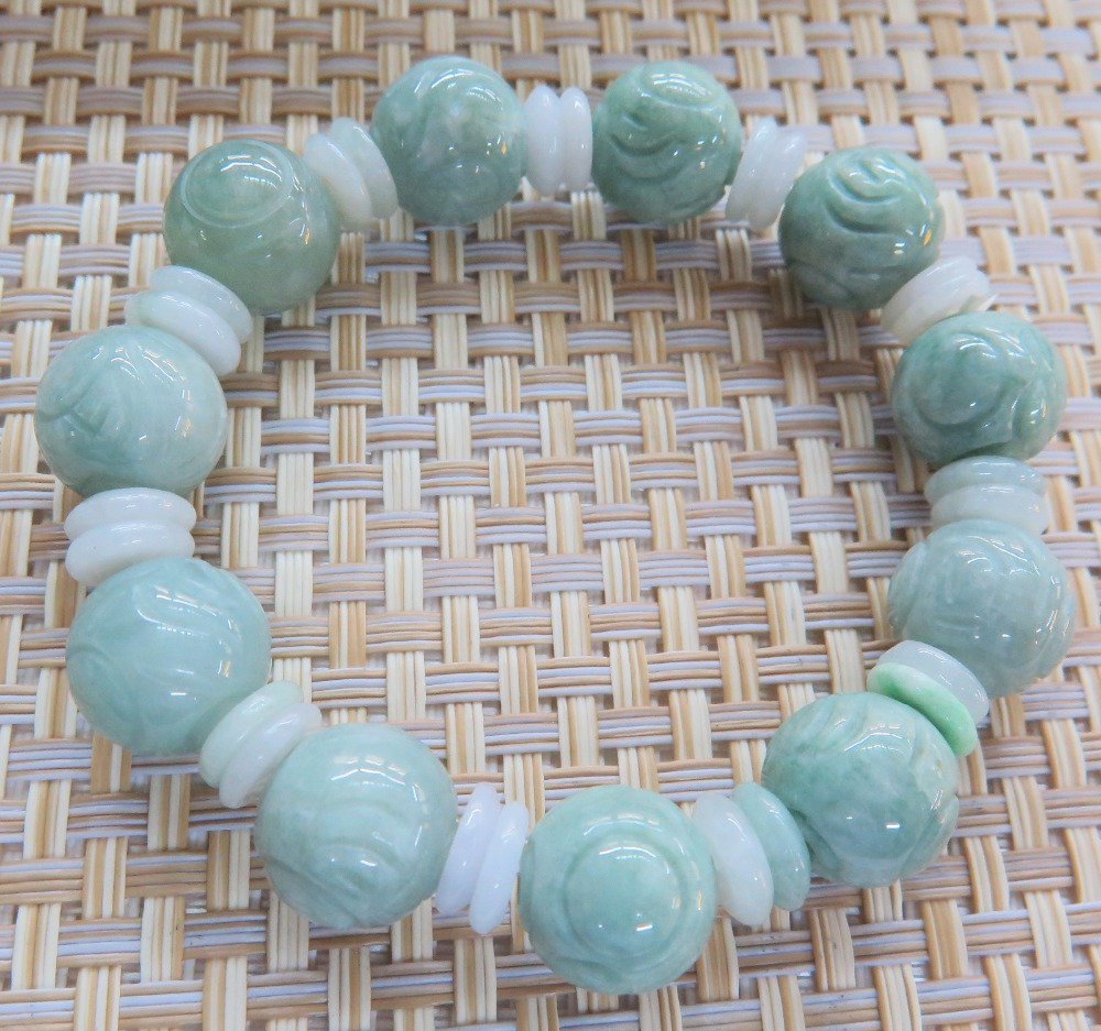 Natural Grade A Jade (Jadeite) Light Green 13mm Round Bead Bracelet Good LuckNatural Grade A Jade (Jadeite) Light Green 13mm Round Bead Bracelet Good Luck