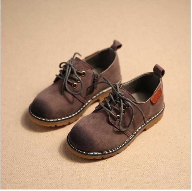 Los niños zapatos de los muchachos 2016 Nueva Otoño Invierno moda Caballero bebés resistentes al desgaste niños Martin botas niñas zapatos