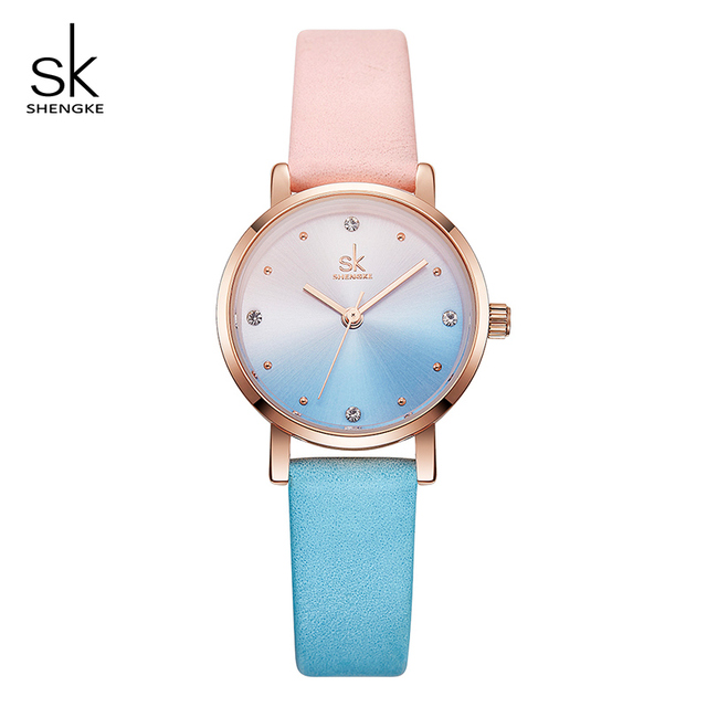 Shengke クリエイティブカラー革腕時計女性レディースクォーツ時計レロジオ Feminino 2019 SK 女性腕時計 Montre ファム # K8029