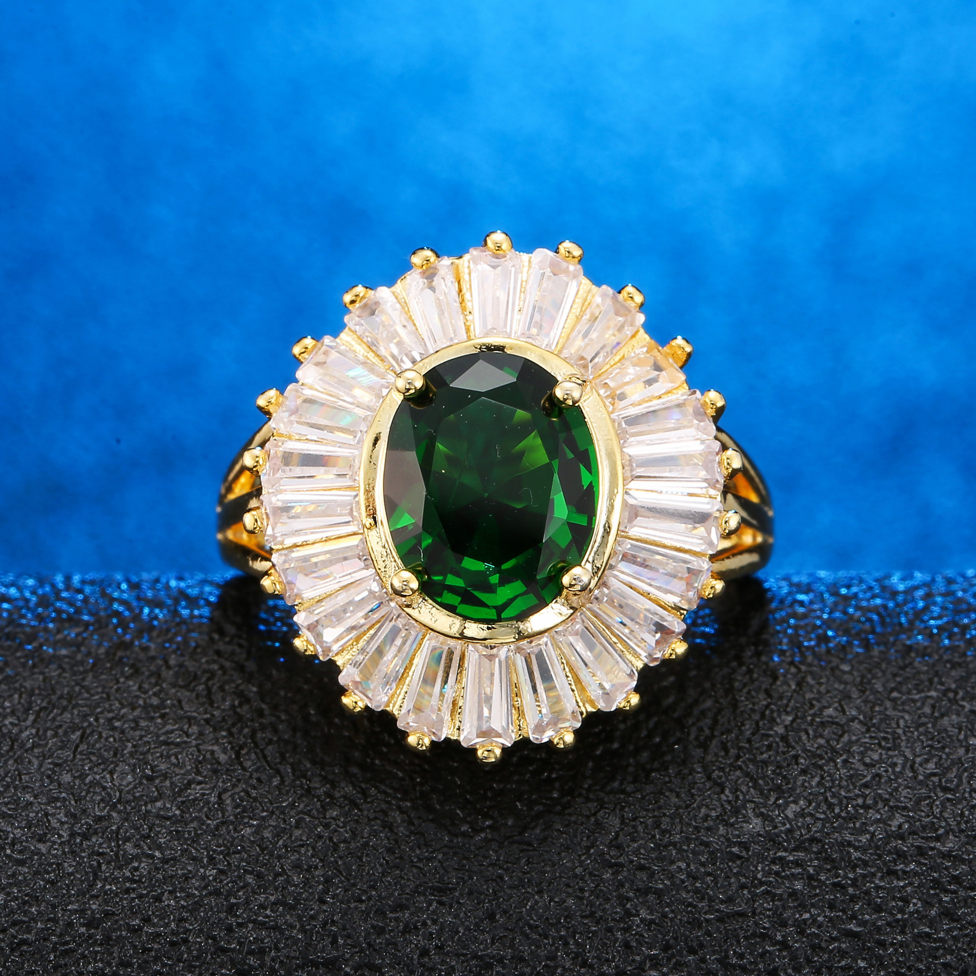 14K Gold Emerald Green Diamond Ring Creative Anillos De Jewelry Bague or Jaune Bizuteria for Women Diamante Ring 6 7 8 9 10 201914K Gold Emerald Green Diamond Ring Creative Anillos De Jewelry Bague or Jaune Bizuteria for Women Diamante Ring 6 7 8 9 10 2019