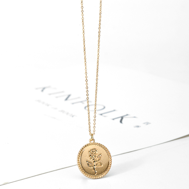 Best Cheap Gold Alloy Round Pendant Necklace for Women