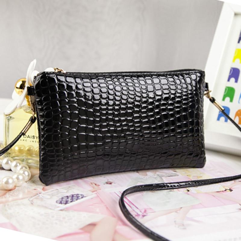 2016 new Ms. Chao patent leather crocodile handbag light leather shoulder Messenger bag storage purse phone package zs0022 patent leather handbag shoulder bag for women