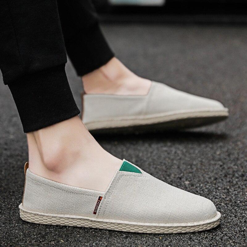 2019 nouvelles chaussures pour hommes version coréenne de la tendance paresseux pois chaussures hommes décontracté toile chaussures pieds chaussures respirantes