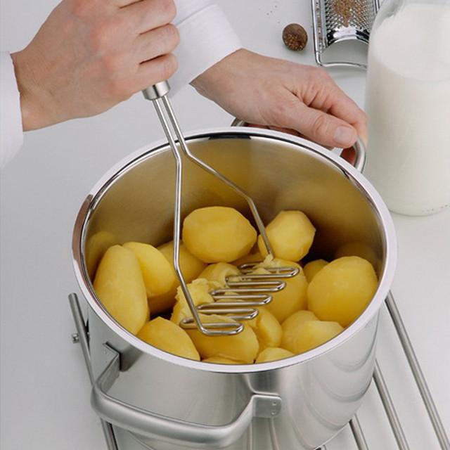 Stainless steel potato and vegetable masher 26.5cm*12cm
