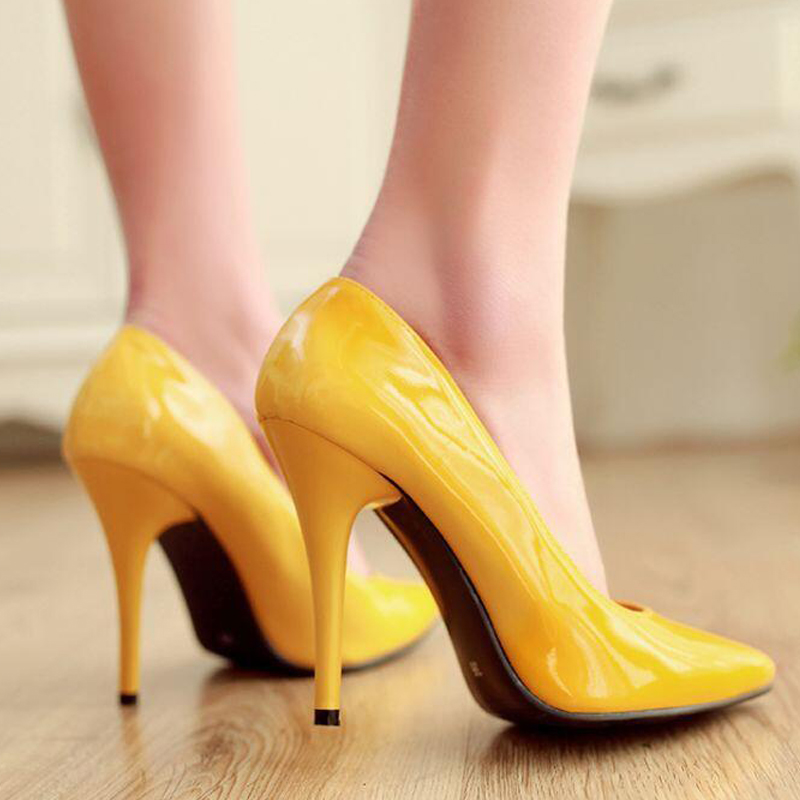 цена на New Arrived Women Heeled Shoes Women Stiletto Party Pointed Toe Sexy Wedding Fashion Shoes Patent Leather Thin Heels Plus Size