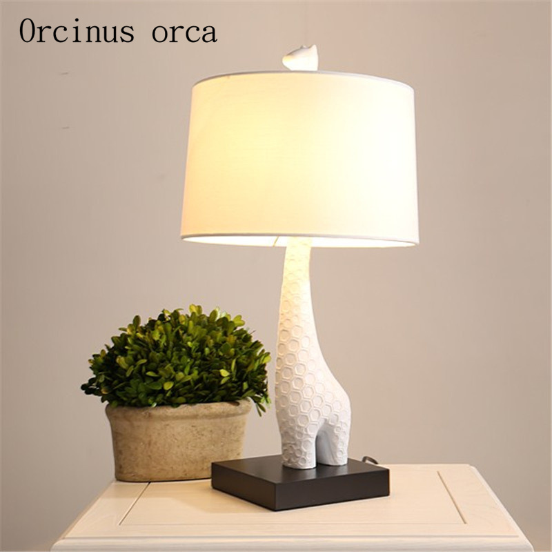 Nordic modern minimalist giraffe table lamp living room bedside lamp children room cartoon creative table lamp free shipping стоимость