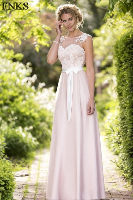 Rustic Appliques Cap Sleeve Bridesmaid Dresses Fitted Long Wedding Guest Party Gowns With Ribbon Bow Sash