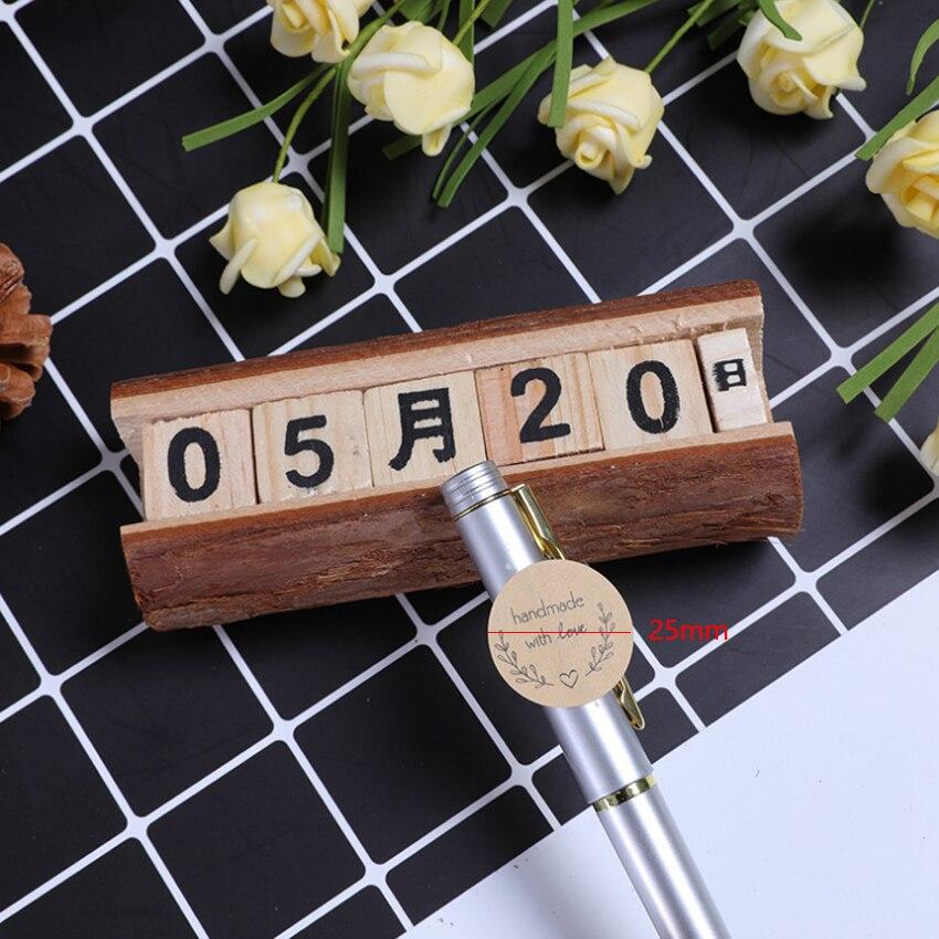 Купить с кэшбэком 160pcs/lot Cute Love garland handmade with love Kraft paper white transparent DIY Hand Made For Gift Cake Baking Sealing Sticker