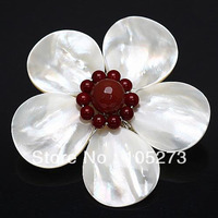 New Arriver 4 20mm White color Shell MOP & Black Crystal Beads Flower Pin Brooch Pendant 57mm Handcrafted Fashion Jewelry