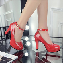 High-heeled womens crystal wedding shoes Red thick-heeled waterproof platform banquet water drill shallow