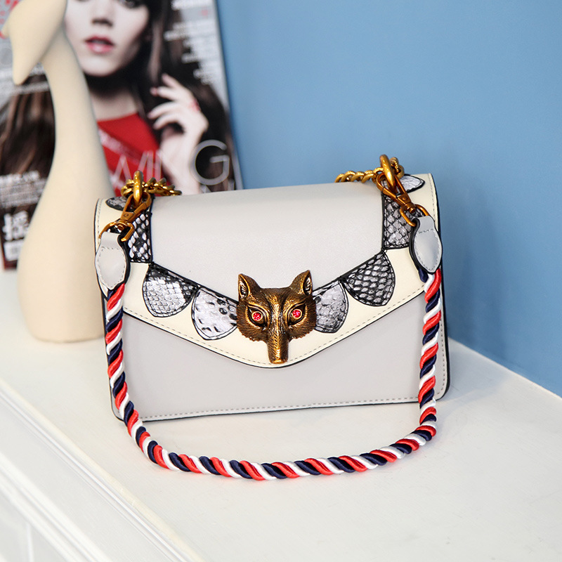 Shoulder Messenger bag personalized animal pattern leather handbags two layers of leather cross section lock small square packag europe and the united states new leather cross section square female package two layers of leather fashion shoulder diagonal zip