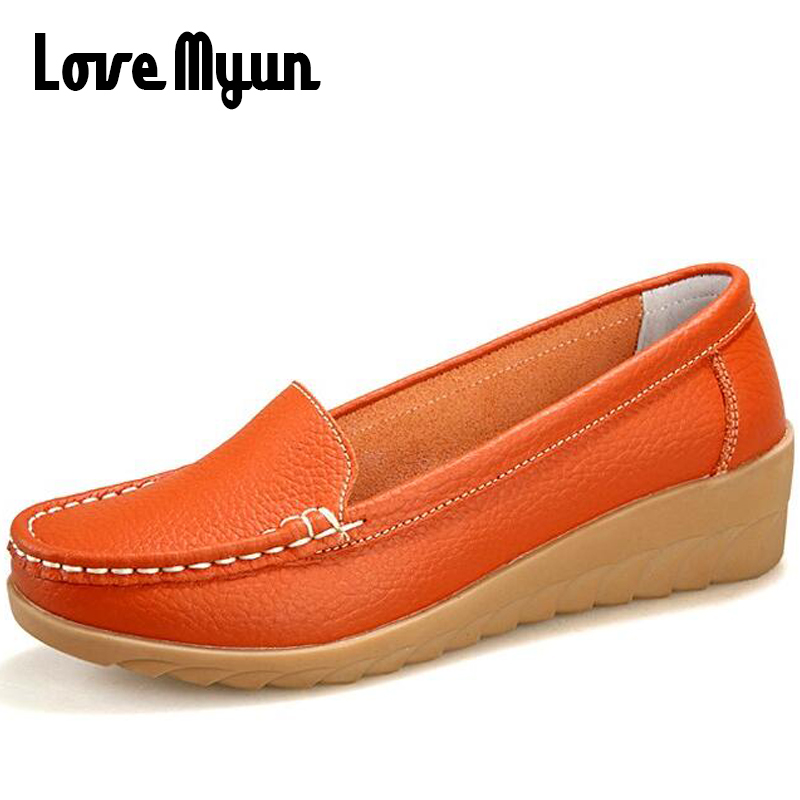 Big size Women soft leather mum shoes fashion Comfortable Loafers casual flats mum Non-slip shoes mother Nurse Work shoes BC-43 fashion brand genuine leather shoes for women casual mother loafers soft and comfortable oxfords lace up non slip flat moccasins