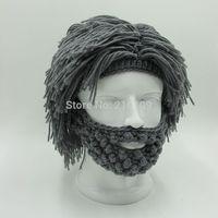 Зимняя шапка с волосами и бородой
