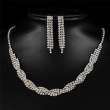 Ajojewel Classic Costume Design Brand Wedding Jewelry Set Fashion White Simulated Pearl Necklace Earring Copper Alloy
