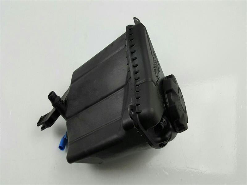 For BMW E60 F02 F07 F10 F12 F13 535i 640i Engine Coolant Recovery Tank 17137601949