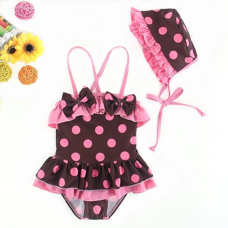 5d4381b682edd 2019 New Summer enfants filles en maillot de bain bikini deux-pièce maillot  de bain fille beachwear infantile filles café Polka Dot Bikini avec Cap