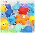 10 Unids/set Mezclado Encantador Animales Colorido Suave Flotador De Goma Squeeze Sonido Chillón Children Safe Kids Bebé de Lavado de Agua de Juguete de Baño