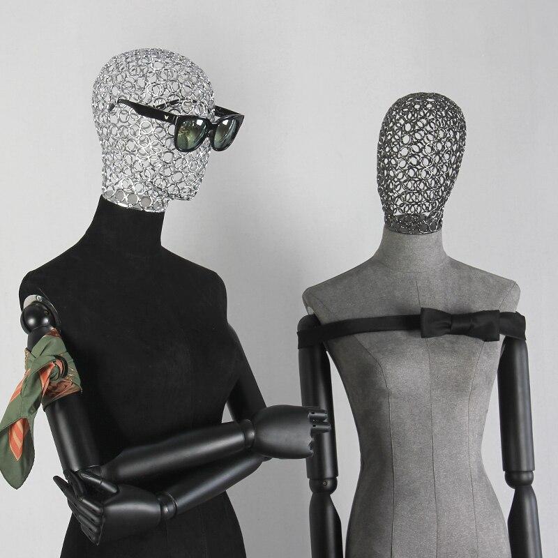 Halblanger Stoff des hohlen Kopfes des menschlichen Körpers stützt - Kunst, Handwerk und Nähen - Foto 5