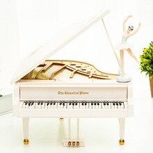 Refinement Continental Classical Triangle Piano Music Box Personality Rotation Dance Baller Romance Creative Artware Gift L901