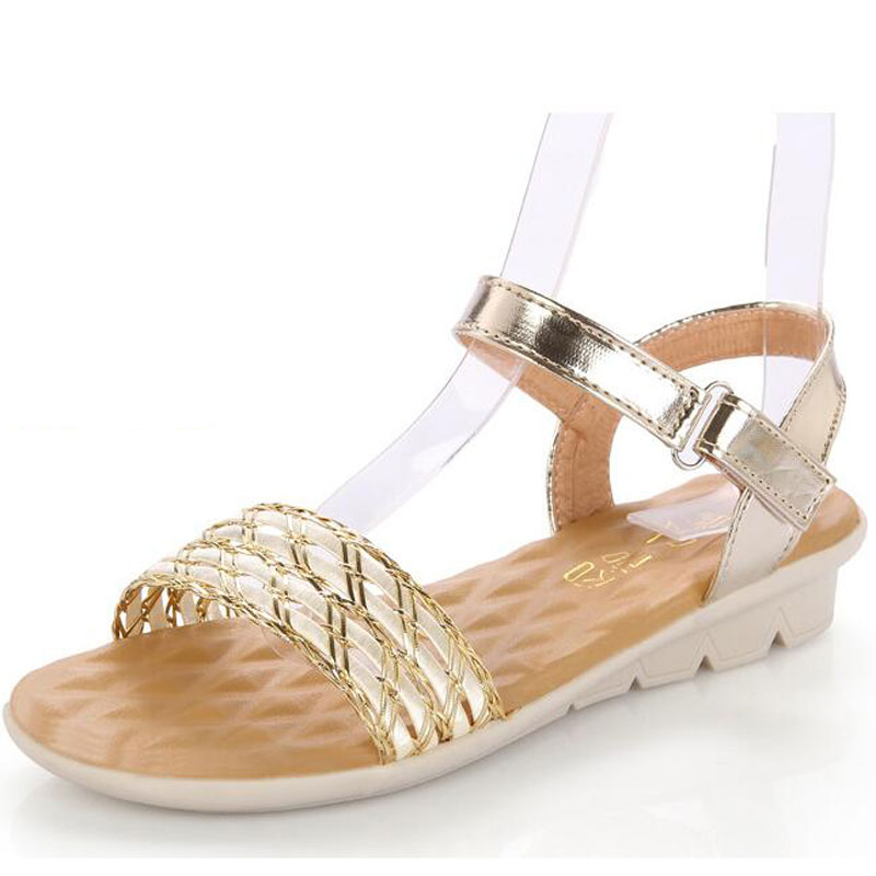 2018 Fashion Summer New Sandals Slope With Grass Weaving Spell Color Woman Sandals Massage Driving Casual Beach Shoes