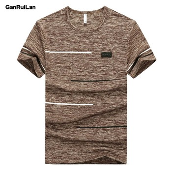 Men's t-shirt Tees 2019 Summer New cotton O neck Short Sleeve Tops Tees Men Fashion Trends Fitness tshirt Free Shipping B0335