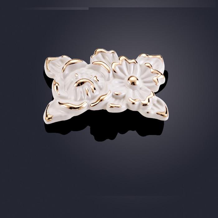 New European Ivory white Furniture Kitchen Cabinet Handle Drawer Wardrobe Door Zinc Alloy pull handles Knob single hole
