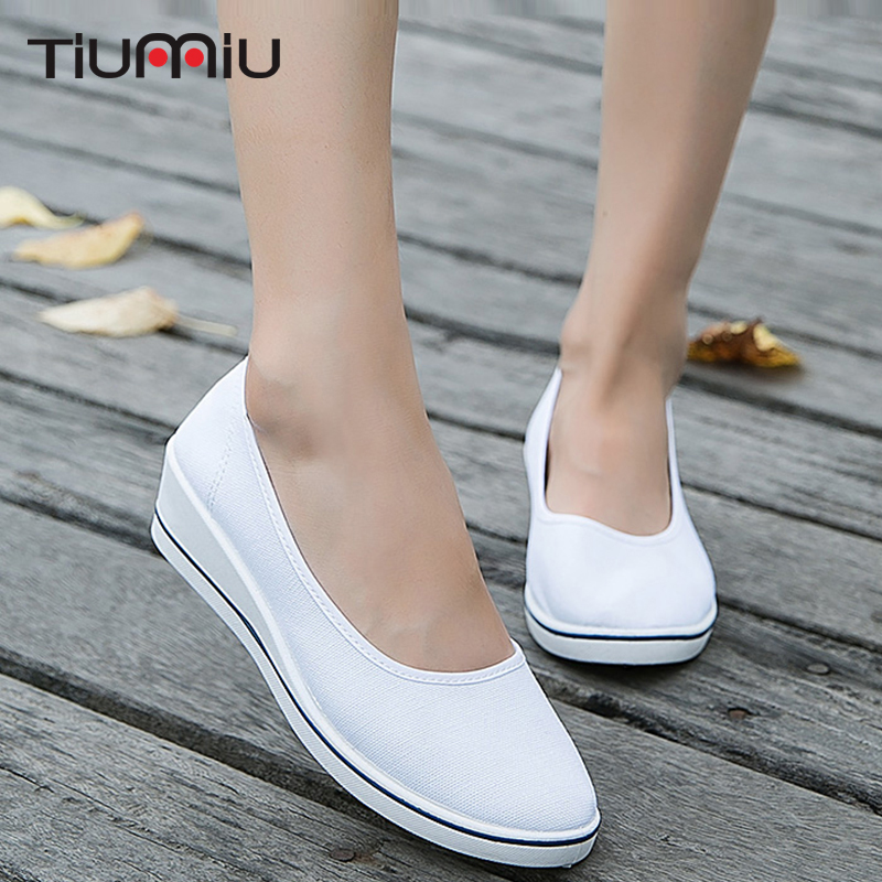 Women Nurse Shoes Comfortable Female Medical Shoes Summer Hospital Soft Bottom Wedge Anti Slip Doctor Nurses Footwear Work Shoes in Accessories from Novelty Special Use