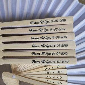 """Image 3 - [Auviderin] 100Pcsสีขาวแต่งงานพัดลมส่วนบุคคลสีขาวของขวัญกล่อง """"ขอบคุณ"""": พับพัดลมของขวัญกระเป๋า"""