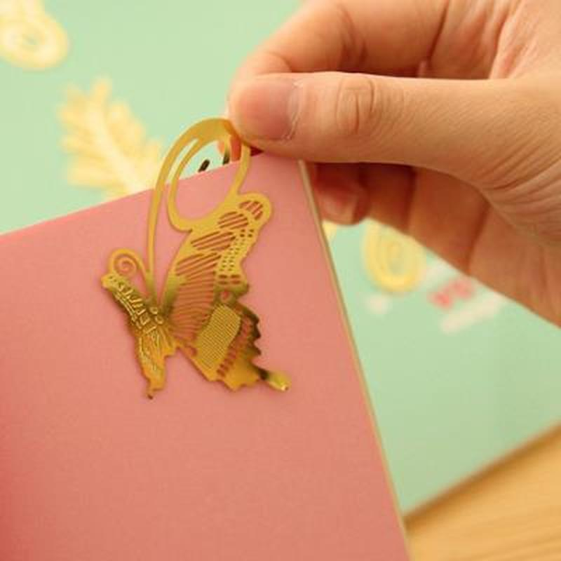 1pcs HollowMetal Bookmarkers Cute Stationery Kawaii Teacher Gifts Korean Cartoon  Book Markers  Bookmarks For Books Teacher Gift