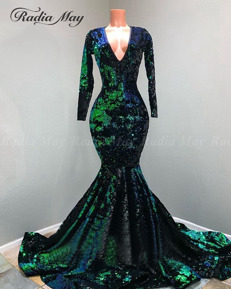 Sparkly Sequined Emerald Green Mermaid Prom Dress for Black Girls Long Sleeves V Neck Plus Size