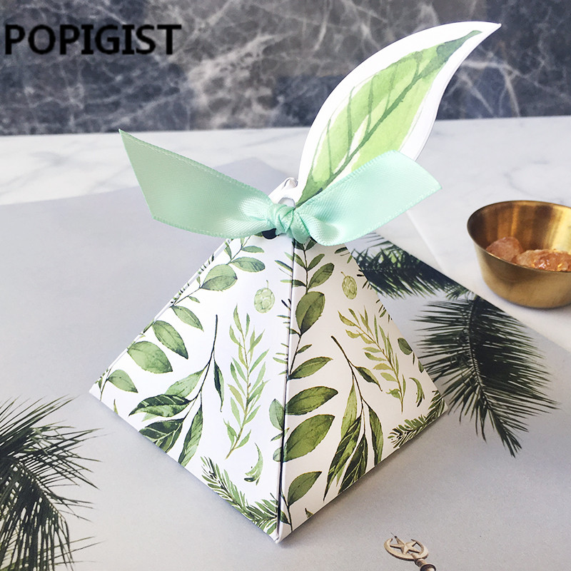 Wedding Favors Bomboniera birthday gift box Green forest Style Triangular Pyramid flower leaves Candy Boxes leaf tags+ribbon